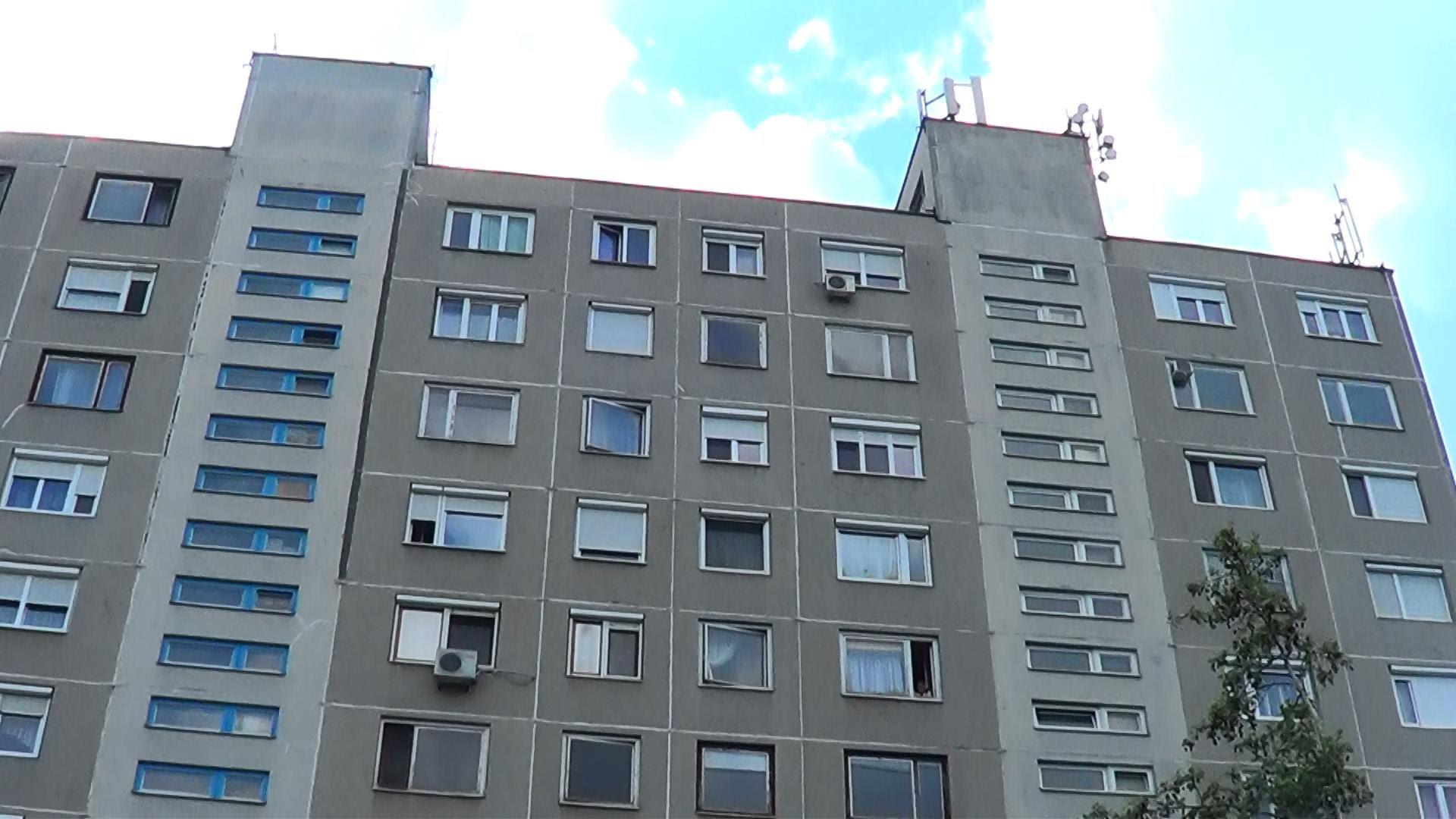 10 emeletet zuhant a lifttel a terhes Csilla Budapesten
