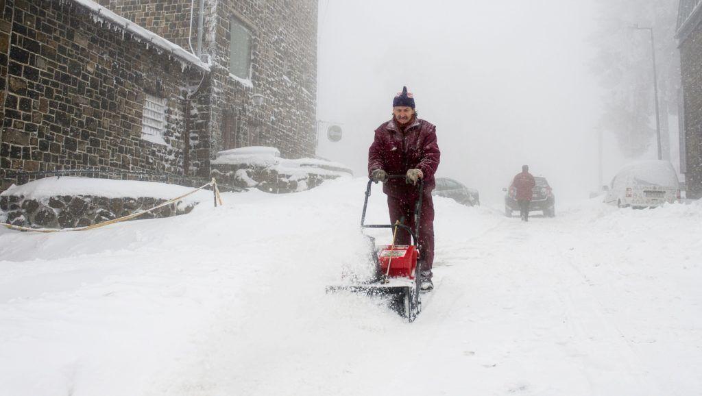 Komoly havazás jön: 20 centi is eshet - Hótérkép a jelenlegi számításokhoz
