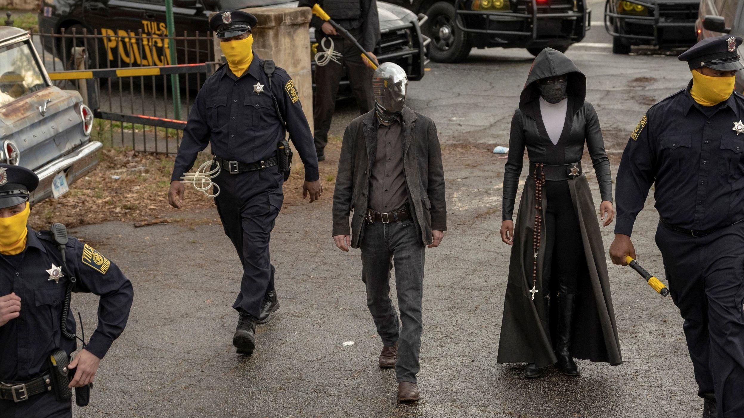 Üdvözöljük a rasszista szuperhősök és az álarcos rendőrök korában!