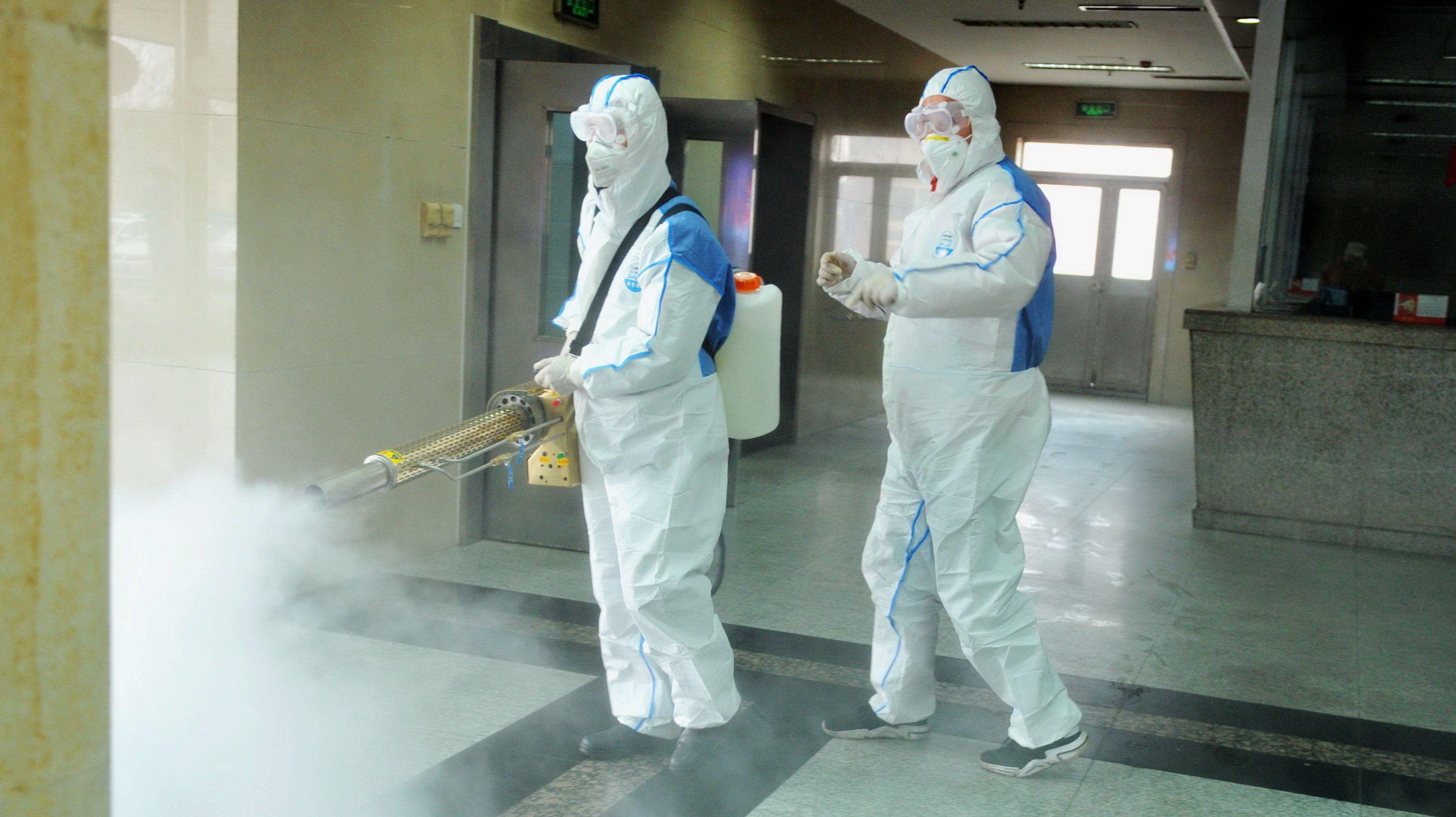Koronavírus: egy nap alatt 25-en haltak meg