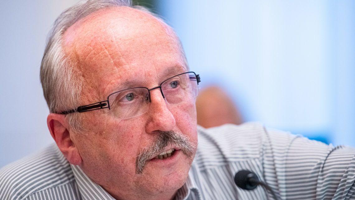 Niedermüller hisztériakeltésnek tartja a tüntetést