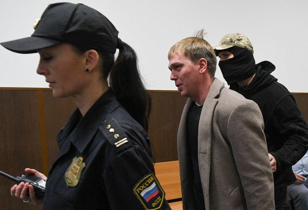 Rendőrök akartak kábítószerügybe keverni egy orosz oknyomozó újságírót
