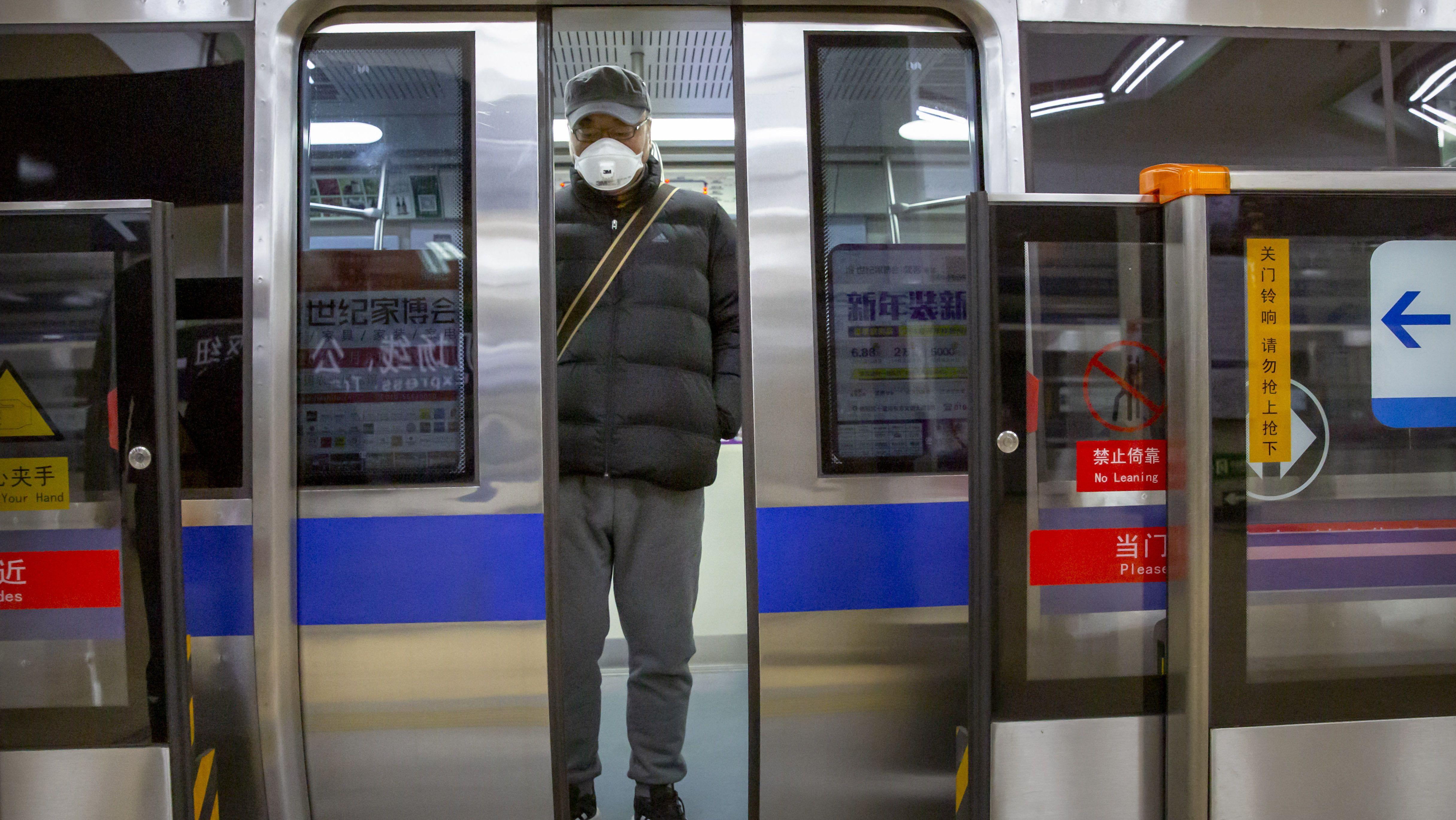 Már Hongkongban is van halálos áldozata a koronavírusnak