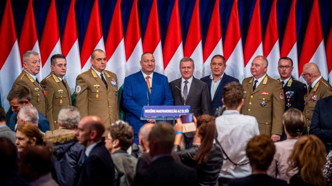 Párt/állami rendezvény volt Orbán évértékelője