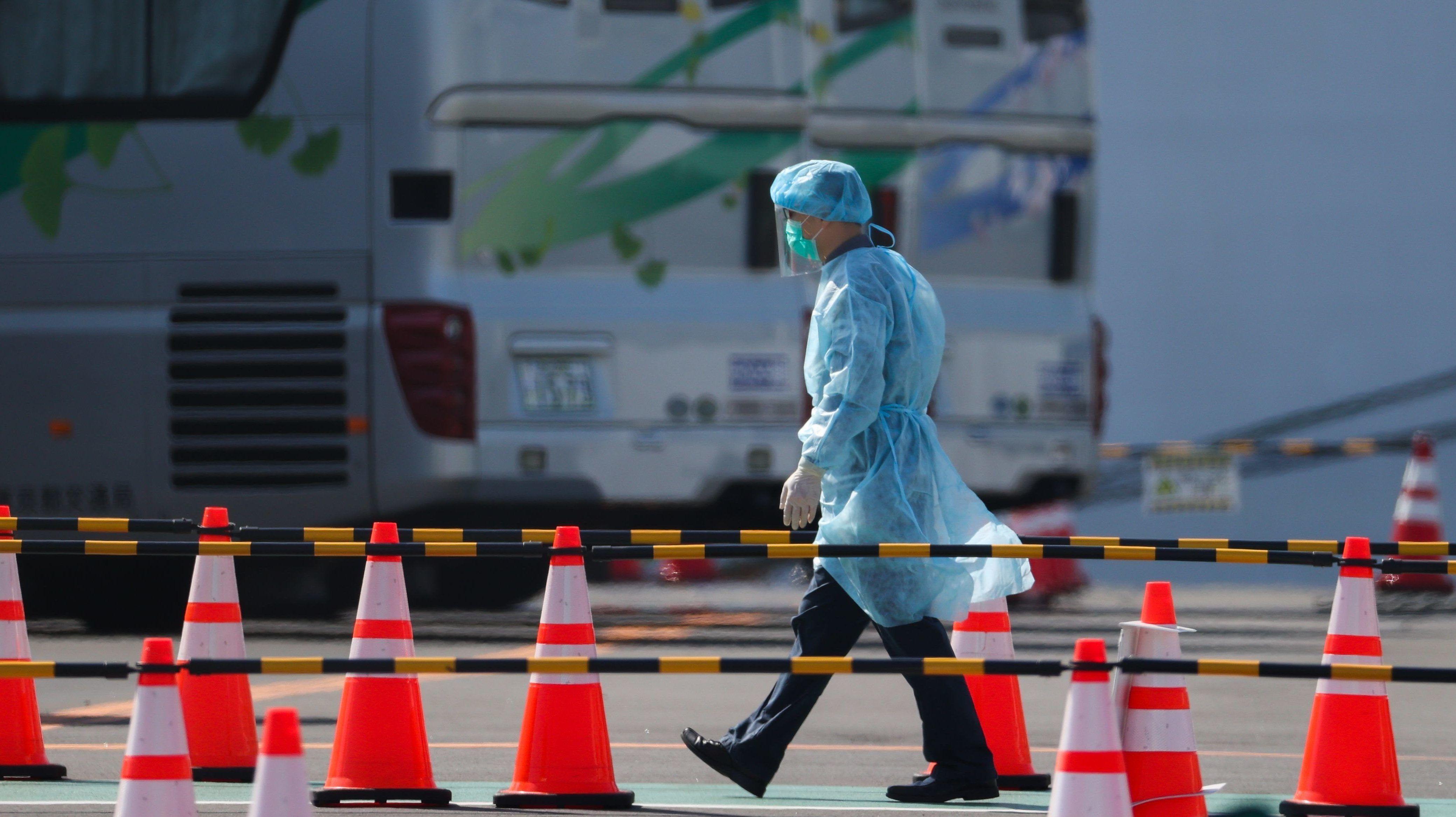 Tisztifőorvos: Folyamatosan alkalmazkodni kell a járványhoz