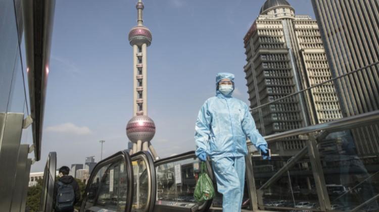 Koronavírus: egyre kevesebb áldozat Kínában