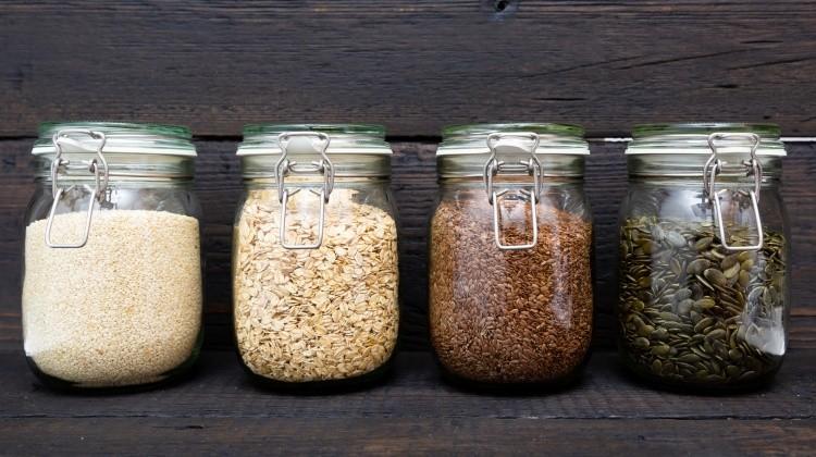 Így tároljuk helyesen a tartós élelmiszereket
