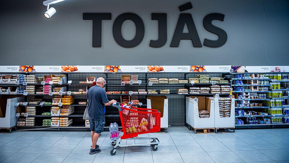 Akár boltba megyünk, akár online rendelünk, lesz mit ennünk
