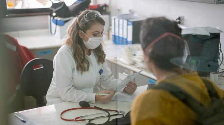 Koronavírus: látogatási tilalom van több intézményben
